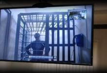Владимир Ратников читал тома обвинения в 10 раз быстрее нормы, отведённой по закону, но следователь Быстров всё равно решил, что это слишком медленно, и заявил о преднамеренном затягивании процесса